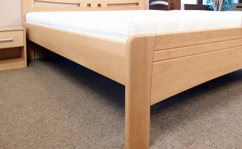 detail-boku-postel-evita